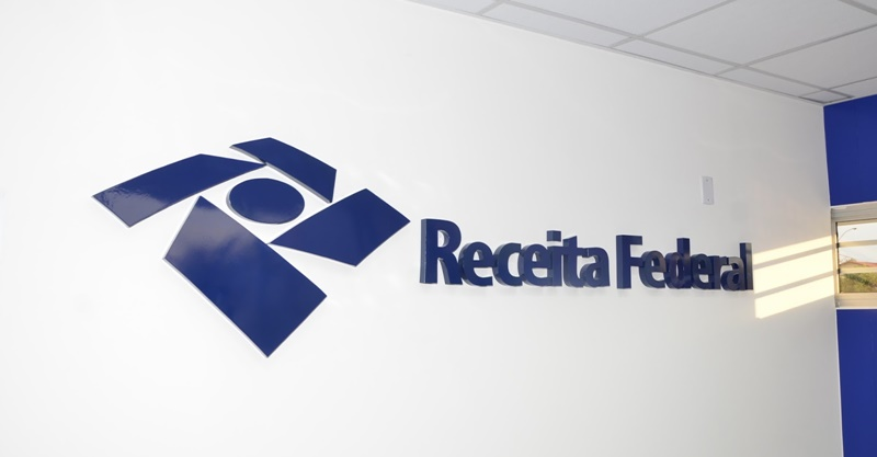Receita Federal equipara software customizável à mercadoria